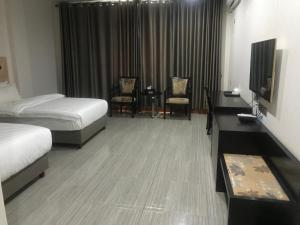 Future Holiday Hotel