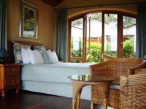 Earthsong Lodge, Turistaházak  Tryphena - big - 5