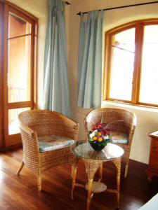 Earthsong Lodge, Turistaházak  Tryphena - big - 2