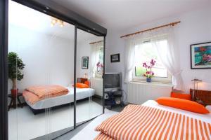 Fair Direct Private Apartment (6084)