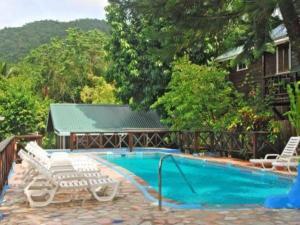 __{offers.Best_flights}__ JJ's Paradise Resort
