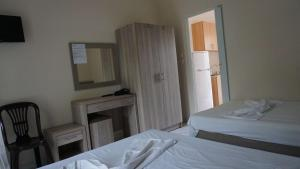 Priona Rooms