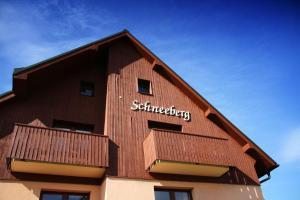 Schneeberg Apartmany - Hotel - Bozí Dar