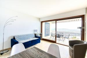 PALM BEACH, enchanting sea view and beach access, Apartmanok  Cannes - big - 27