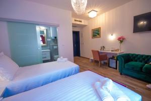 Center Luxury Rooms 2