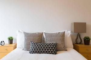 Old Street 3 BDR Flat in an Amazing Location! - Shoreditch