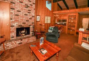 The Slopes Condo - Hotel - Big Bear Lake