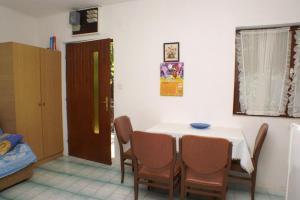 Apartments by the sea Seget Vranjica, Trogir - 4285, Апартаменты/квартиры  Трогир - big - 5