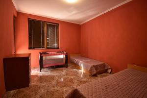 Lilia Apartments