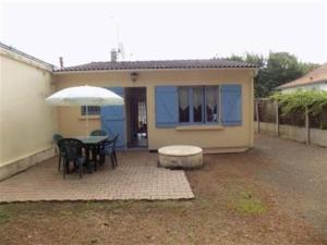 House Agreable brevinoise 1, Prázdninové domy  Saint-Brévin-les-Pins - big - 4