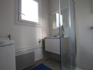 House Agreable brevinoise 1, Prázdninové domy  Saint-Brévin-les-Pins - big - 3