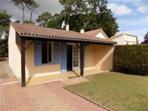 House Agreable brevinoise 1, Prázdninové domy  Saint-Brévin-les-Pins - big - 11