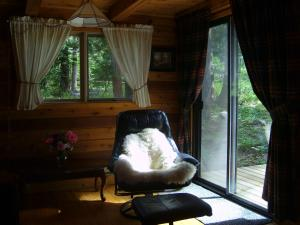 Solitude B&B on Aveley Ranch, Bed & Breakfast  Vavenby - big - 20