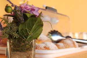 B&B Torre Di Cicala, Bed and Breakfasts  Partinico - big - 13