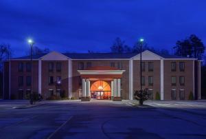 FairBridge Inn Express Whitley City, Hotely - Whitley City