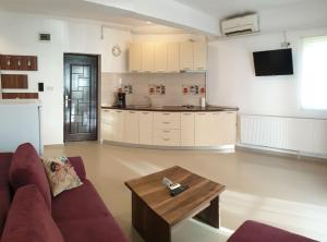 Edi Apartment