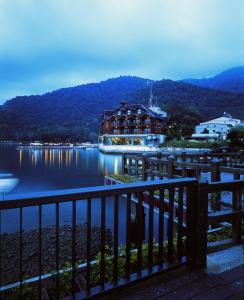 The Richforest Hotel- Sun Moon Lake, Üdülőtelepek  Jücsi - big - 25