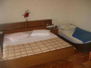 obrázek - Apartments with a parking space Brodarica (Sibenik) - 12405