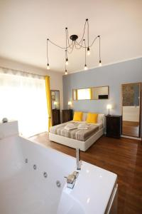 Unique luxury apartment and rooms - abcRoma.com