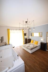 Unique luxury apartment and rooms