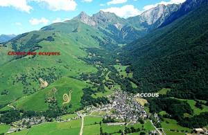 Location gîte, chambres d'hotes Chalet des Ecuyers dans le département Pyrénées Atlantiques 64