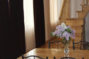 Village House - Hotel - Mestia