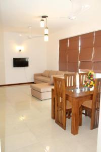 . Eldorado Residency - 3 BR Fully Furnished Apartment - Wattala