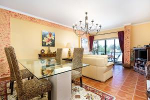 Meia Praia Apartment by Algarve Golden Properties, 8600-315 Lagos
