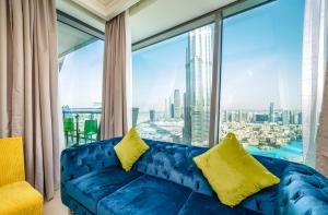 Yanjoon Holiday Homes - Burj Vista Apartments