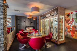 Anova Hotel And Spa Montgenevre France J2ski