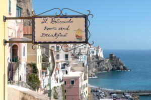 B&B Il Porticciolo di Amalfi - AbcAlberghi.com