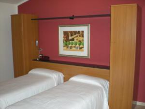 Aer Hotel Malpensa, Hotel  Oleggio - big - 56