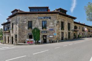 Hotel Santillana