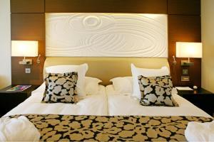 Amathus Beach Hotel (3 of 63)