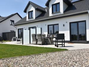Ferienhaus Wildrose 1 in Kühlungsborn mit Terrasse und Garten - Brunshaupten