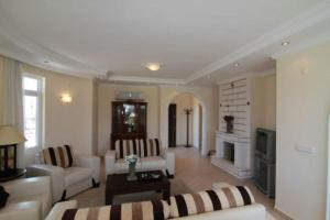 obrázek - You and Your Family will Love this 5 Star Beach Villa with Private Pool in Alanya, Alanya Villa 1023