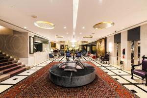 Le Bristol Hotel (5 of 77)