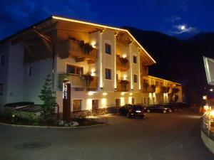 Apart Hotel San Antonio - Apartment - St. Anton am Arlberg