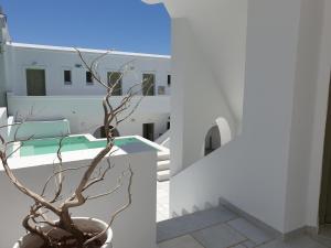 Artemis Hotel Antiparos Greece