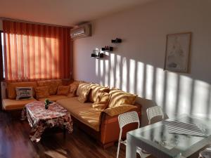 Sunny two room apartment