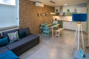 Apartment Insula