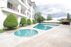 OYO 142 Taipan Resort And Condominium - Ban Wang Bot