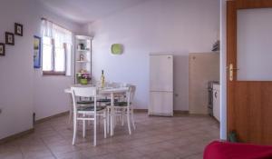 Apartments by the sea Rastici (Ciovo) - 4823, Apartmanok  Trogir - big - 26