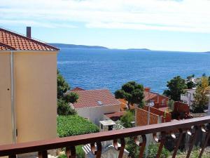 Apartments by the sea Rastici (Ciovo) - 4823, Apartmanok  Trogir - big - 24
