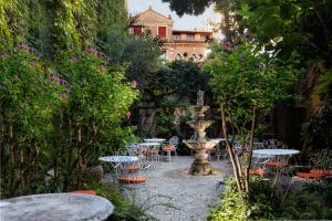 Hotel Flora (4 of 85)