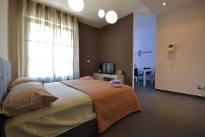 Chicco Apartment Small Business - Hotel - Vercelli