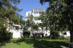 große, schöne Gartenwohnung in historischer Villa - Bad Doberan