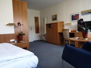 Hotel Rheinland - Flörsbachtal