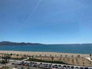Beach Apartment Dluxe