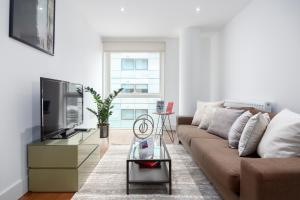 One Commercial Street Apartments by thesqua.re, Apartments - London